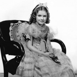 """Marilyn Knowlden More than a """"Little Girl in Big Pictures"""""""