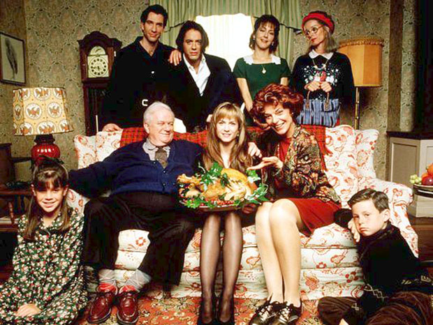 Julie reviews thanksgiving film home for the holidays for Classic house 1995