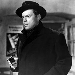 Julie reviews Orson Welles in The Third Man (1949)