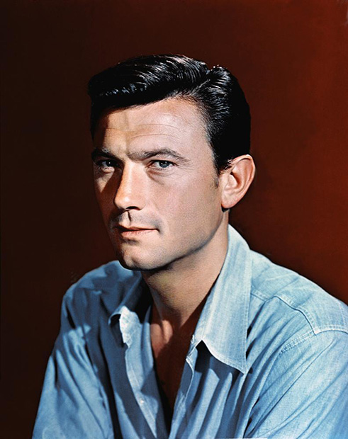 http://www.classicmoviefavorites.com/wp-content/uploads/2016/09/laurence-harvey2016.jpg
